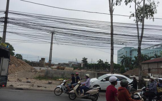 Hình ảnh thi công đường gom nối Đường Cầu Bươu cạnh Viện K Tân Triều