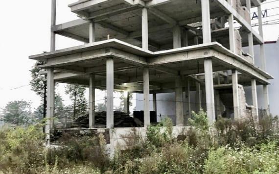 Biệt Thự Thanh Hà Đang xây dở bị tạm ngưng chờ giấy phép xây dựng